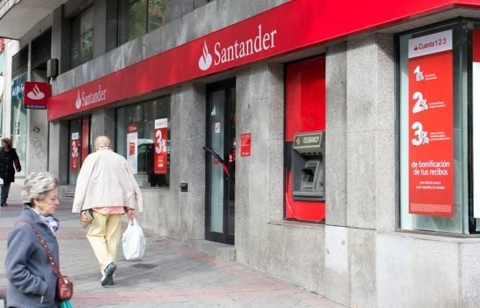 Banco santander recortar la plantilla un 5 habr hasta for Sucursales banco espana