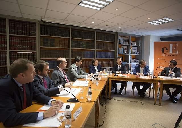 250 fondos extranjeros buscan emisiones de empresas españolas