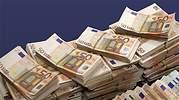 Calviño quiere que la mayoría de los 11.000 millones sean ayudas directas