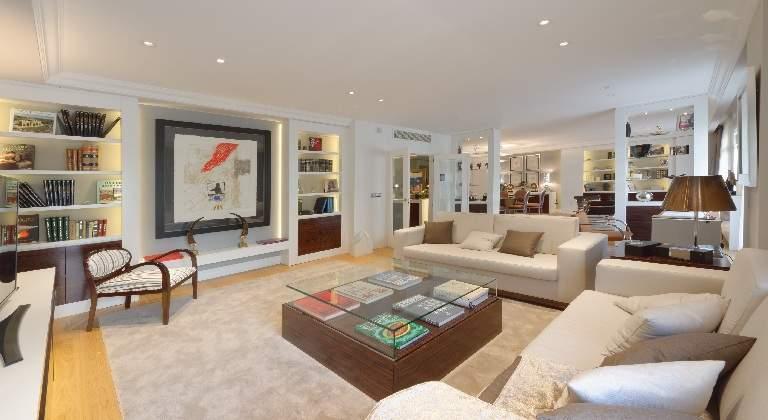 Salen a la venta los nicos pisos de lujo terminados en el for Pisos grandes en madrid