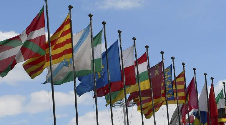 banderas-ccaa.jpg