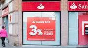 Santander elimina la remuneración de la Cuenta 1,2,3, quita las comisiones y deja de venderla