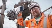 El sector del gas natural en EEUU roza el colapso: muere de éxito como los frackers de la Cuenca Pérmica