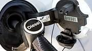 El Gobierno, dispuesto a retirar la subida del diésel para complacer a PNV y Ciudadanos