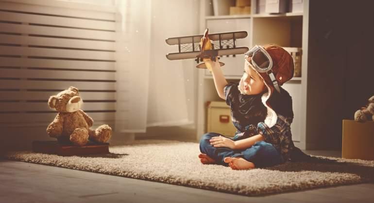 nino-juguete-dreamstime.jpg