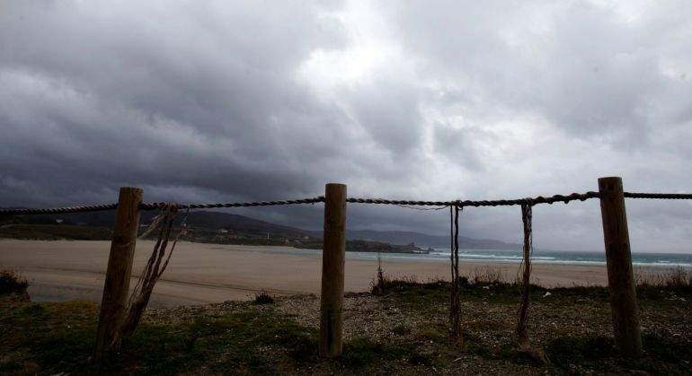 La borrasca Ana se asoma a España con 24 horas de intensa lluvia y viento