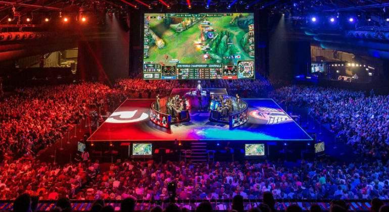 Los eSports ya generan unos beneficios que rondan los 900 millones de dólares anuales
