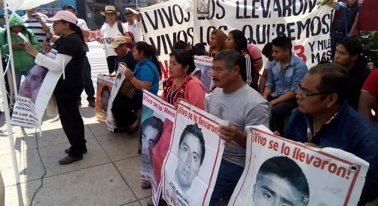 ayotzinapa-tlachinollan-TW-770-420.jpg