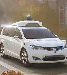 waymo-chrysler-pacifica-waymo.jpg