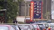 Largas colas en gasolineras de Reino Unido: la falta de suministro golpea el sur de Londres