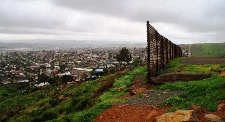 muro-frontera-mexico-eeuu-valla-efe.jpg