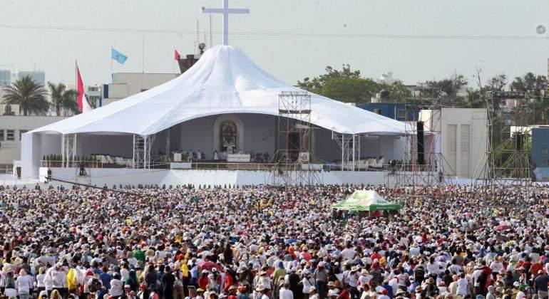 El papa se disculpa por comentarios de abusos sexuales