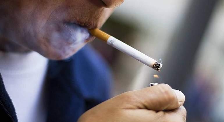 Empresa japonesa da mas vacaciones a personas que no fuman