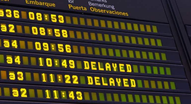 retraso-avion-aeropuerto-delayed-770-dreamstime.jpg