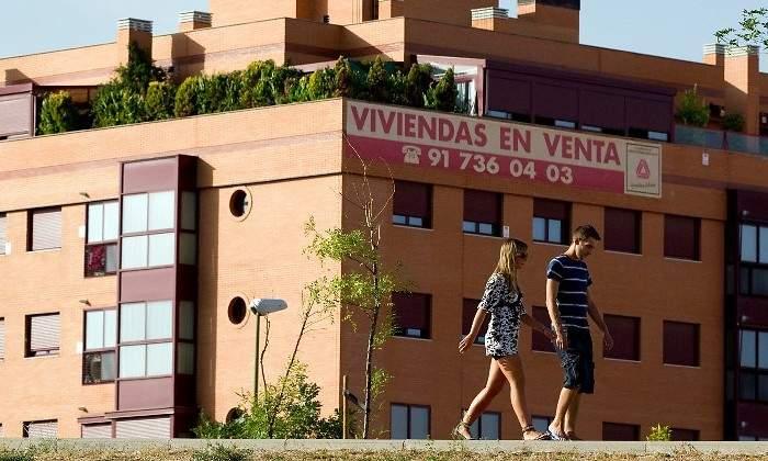 Los españoles tienen que destinar el sueldo de seis años a comprar su vivienda