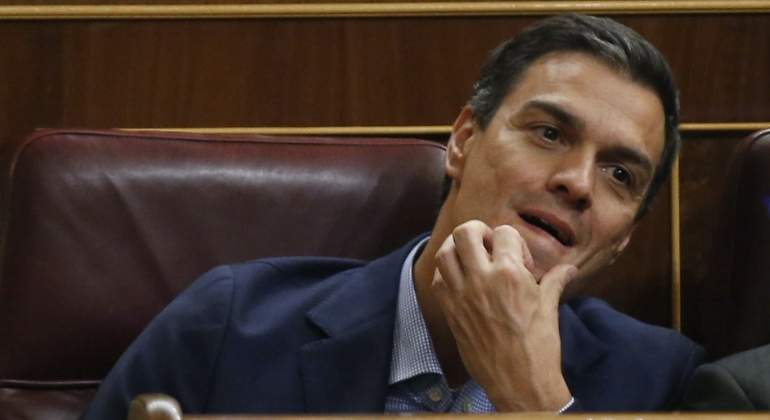 PedroSanchez-Congreso-27sept2016EFE.jpg