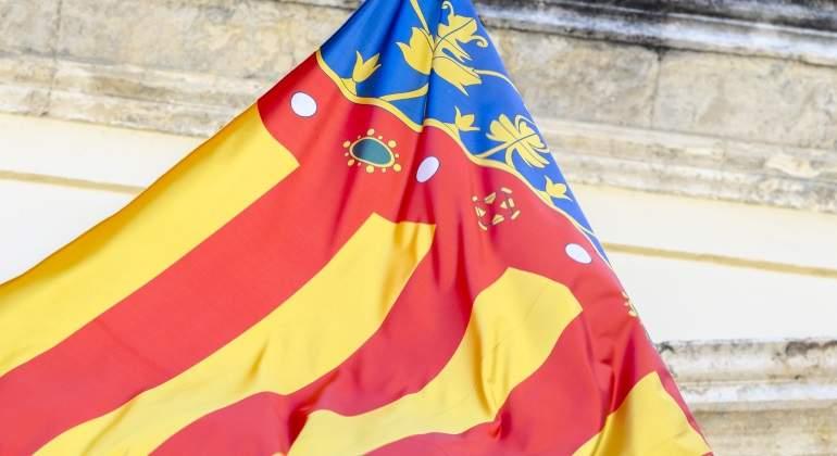 comunidad-valenciana-bandera-dreamstime.jpg