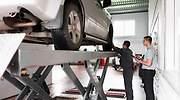 taller-coche-dreamstime.jpg