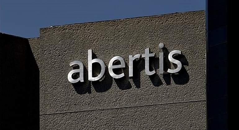 El Gobierno autoriza la OPA de la italiana Atlantia sobre Abertis