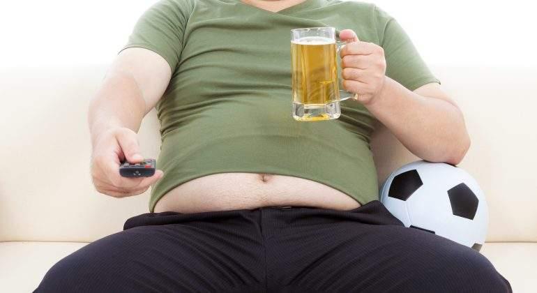 sedentarismo-obesidad-alcohol-esperanza-de-vida.jpg