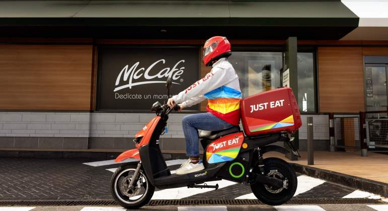 mcdonalds-justeat-repartidos-mccafe-770.jpg