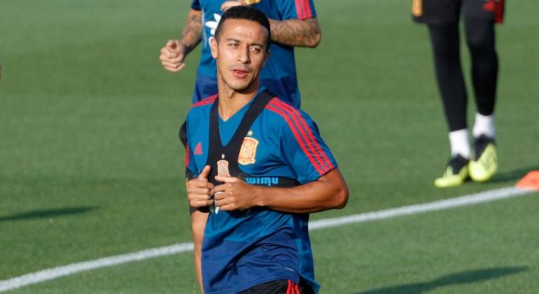 thiago-entrenamiento-seleccion-getty.jpg