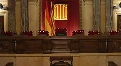 ERC deja solo a JxCat en su defensa de Puigdemont