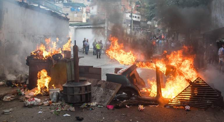 venezuela-civiles-militares-maduro.jpg
