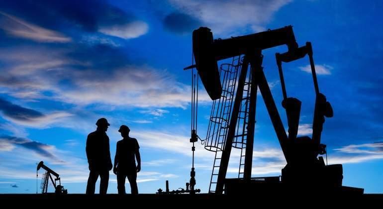 La OPEP reconoce su lenta desaparición ante la creciente marea de petróleo ajeno