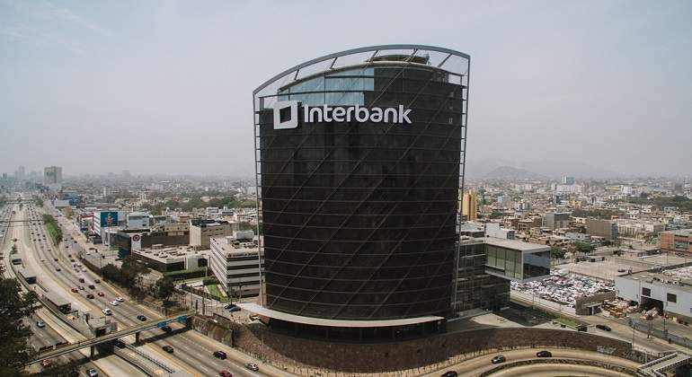 Torre-Interbank.jpg