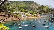 Ocho pueblos españoles con playa para disfrutar del turismo nacional este verano