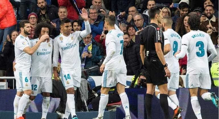 La lista negra de siete jugadores que la directiva del Real Madrid quiere  vender en verano 68055a35a2bb8