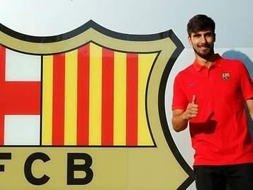 El Valencia carga contra el Barça en su comunicado por la venta de  André Gomes