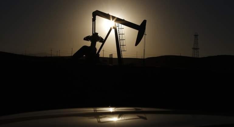 martillo-petroleo-charco.jpg