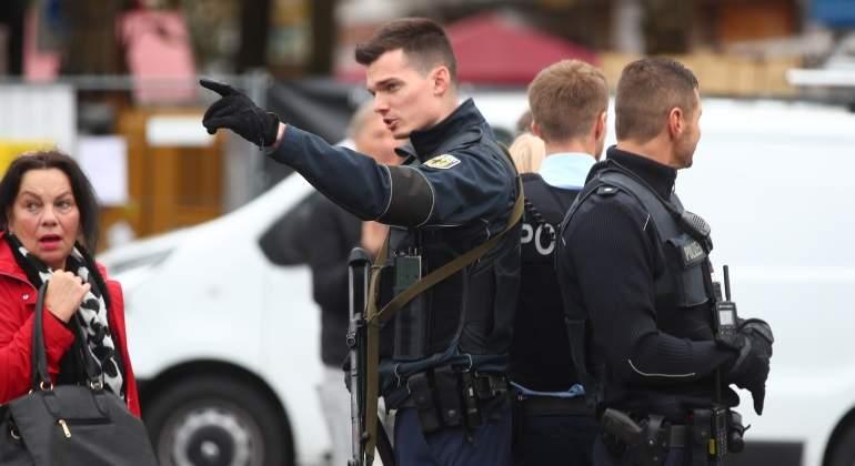 Múnich: hirió a cinco personas con un cuchillo y huyó en bici