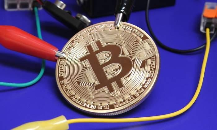 bitcoin-cables-energia-dreams.jpg