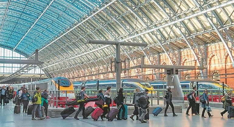 Las constructoras españolas temen quedarse fuera del AVE de Reino Unido