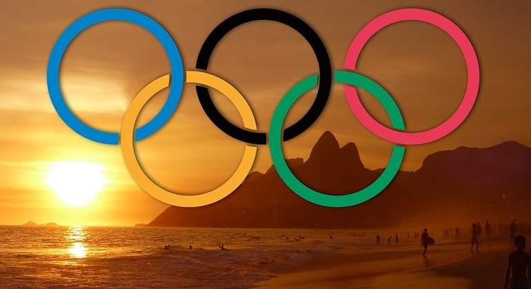 anillos de los juegos olimpicos en la playa imagen reuters