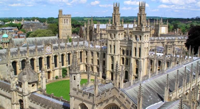 La Universidad de Oxford emitirá un bono por primera vez en su historia y será a 100 años