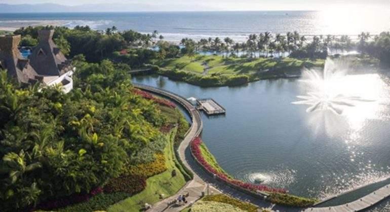 el-mejor-trabajo-del-mundo-probar-hoteles-playa-instagram-vidanta.jpg