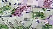 Euros_Reuters.jpg