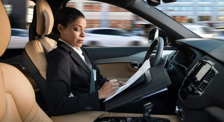 coche-autonomo-interior-efe.jpg