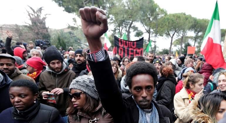 Italia: Marchan contra racismo, de cara a elección nacional