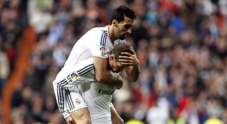 Arbeloa-Bale-celebran-2018-Reuters.jpg