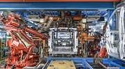 robot-ensamblando-furgoneta.jpg