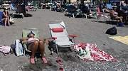 Alcampo pone a la venta una silla para echarse la siesta este verano sin preocuparse por el sol