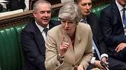 May sufre ya dos dimisiones en su Gobierno por pedir ayuda a la oposición para aprobar su acuerdo del Brexit