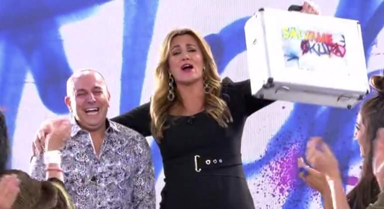 Víctor Sandoval se impone a Lydia Lozano y consigue el 'trono de hierro' de 'Sálvame Okupa'