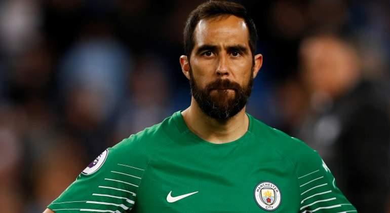 Claudio-Bravo-sufre-lesion-en-entrenamiento-del-Manchester-City-reuters.jpg