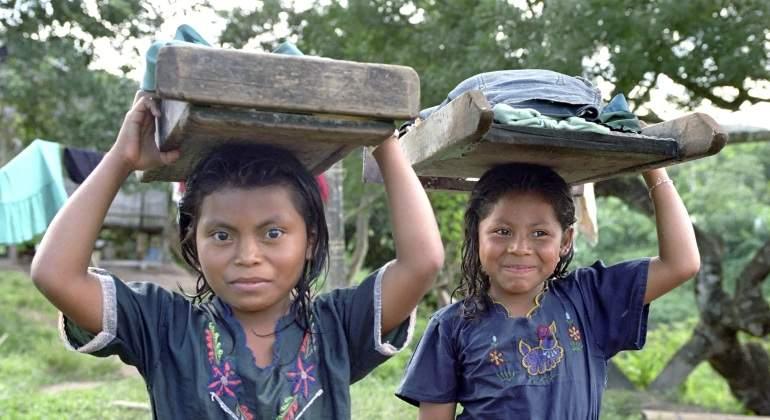 Ninas-obligadas-a-trabajar-como-lavanderas-en-India